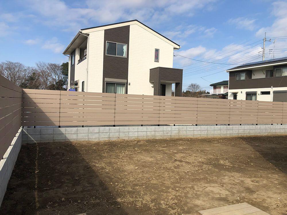 コンクリート打ちっぱなし風造作門柱 NO.1214の施工写真2