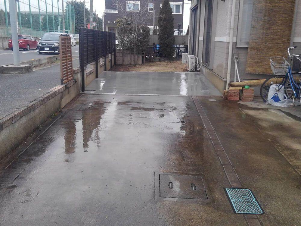 目隠しフェンスと駐車場工事 NO.1239の施工写真2