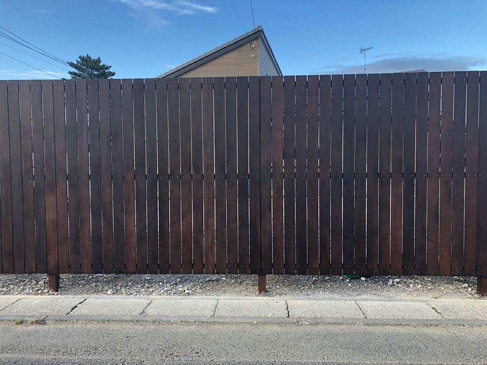 目隠しフェンス 無垢材 NO.1255の施工写真2