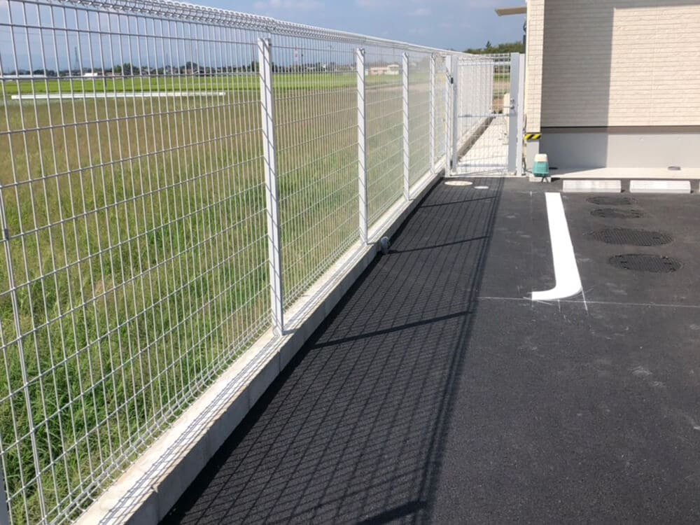 駐車場・フェンス工事 NO.1276の施工写真2