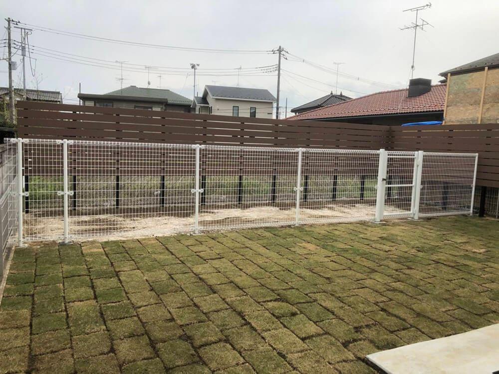 庭のフェンス工事 NO.1298の施工写真3