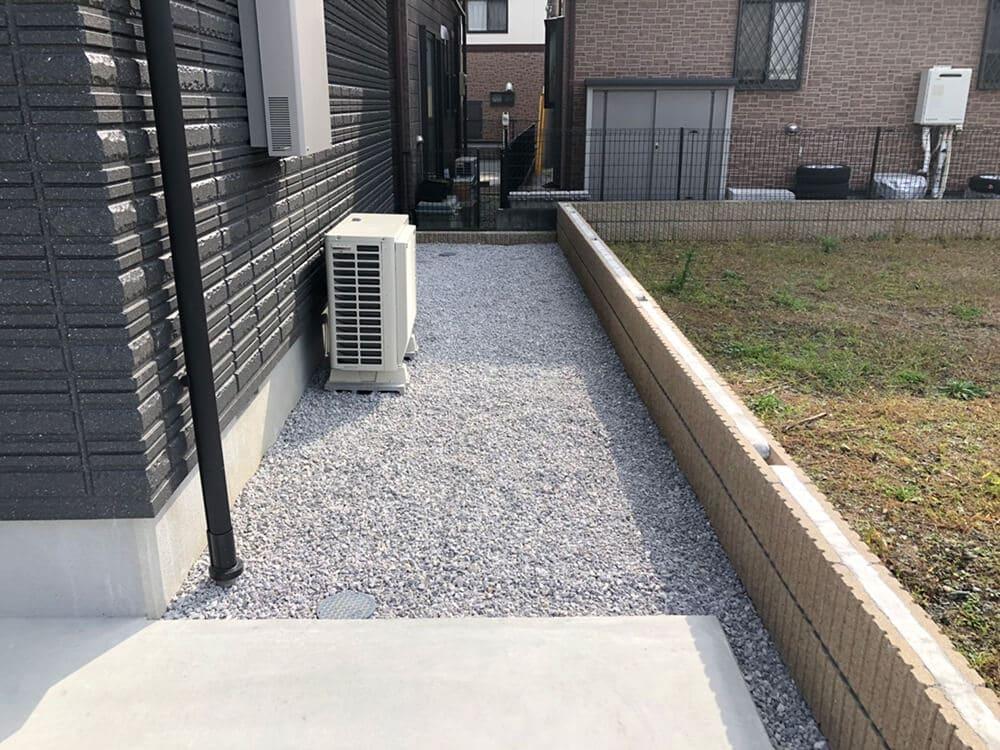 駐車場と防草対策工事 NO.1310の施工写真2