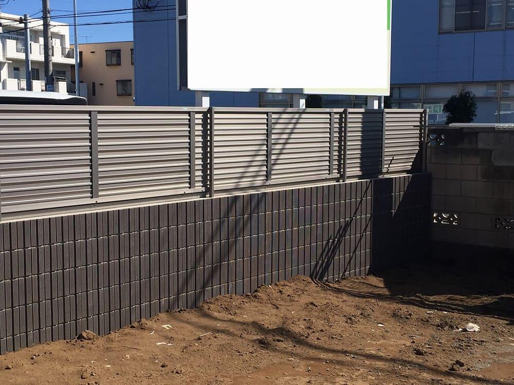 駐車場ブロック・目隠しフェンス工事 NO.1392の施工写真メイン