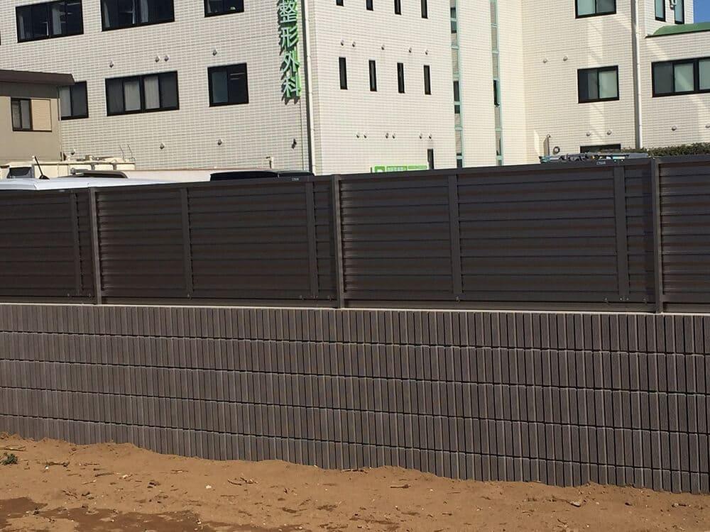 駐車場ブロック・目隠しフェンス工事 NO.1392の施工写真3