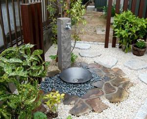 おしゃれな立水栓_No.9_ニッコーエクステリア_立水栓ユニット_芦野石タイプ_3